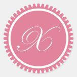 Favor de fiesta rosado del sello del monograma de  etiquetas