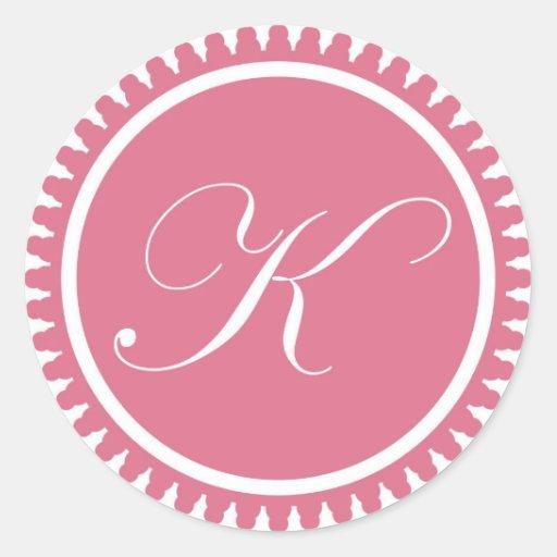 Favor de fiesta rosado del sello del monograma de pegatina redonda