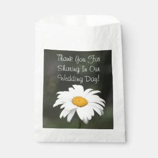 Favor grande del boda de la margarita bolsa de papel