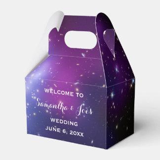 Favor púrpura de la recepción del boda del racimo caja de regalos