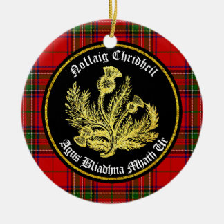 Felices Navidad escocesas y Feliz Año Nuevo Adorno Navideño Redondo De Cerámica