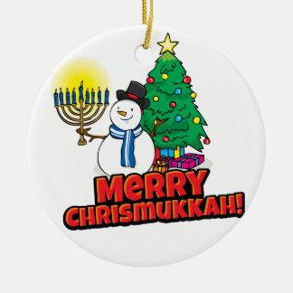 Feliz Chrismukkah redondo blanco con el muñeco de Adorno Navideño Redondo De Cerámica