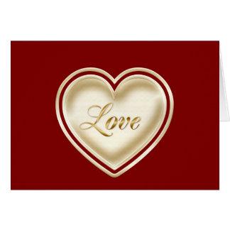Feliz cumpleaños a la esposa con el corazón del tarjeta de felicitación