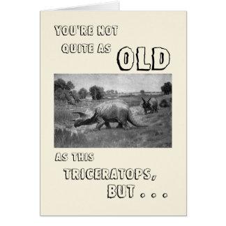 Feliz cumpleaños a un dinosaurio tarjeta
