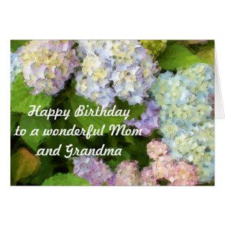 Feliz cumpleaños a una mamá y a una abuela tarjeta