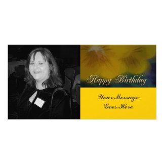 feliz cumpleaños de la flor amarilla tarjetas fotograficas personalizadas