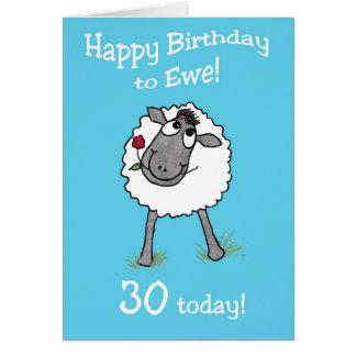 Feliz cumpleaños de las ovejas lindas a la tarjeta