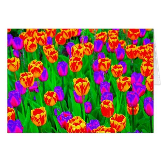 Feliz cumpleaños de los tulipanes de neón tarjeta de felicitación