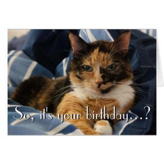 Feliz cumpleaños del gato reservado tarjeta