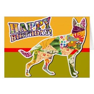 Feliz cumpleaños del perro de pastor alemán