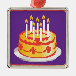 ¡Feliz cumpleaños! Torta de cumpleaños amarilla de Ornamentos De Reyes