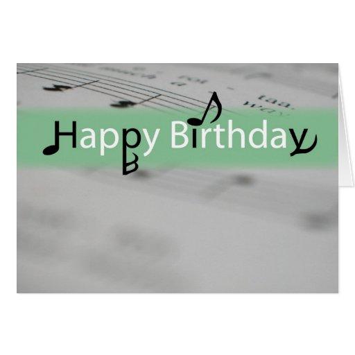Feliz cumpleaños verde con las notas de Misic Felicitación