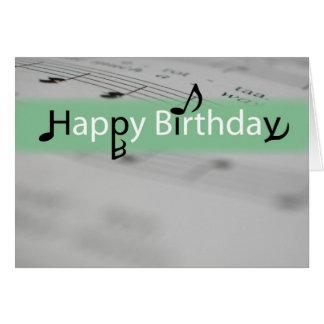 Feliz cumpleaños verde con las notas de Misic Tarjeta De Felicitación