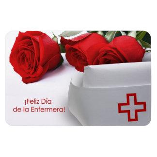 Feliz Día de la Enfermera. Imán del regalo en espa