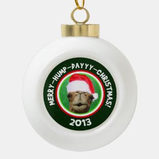 Feliz ornamento 2013 de Santa del camello del navi Adornos