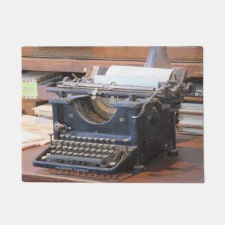 Felpudo Máquina de escribir antigua