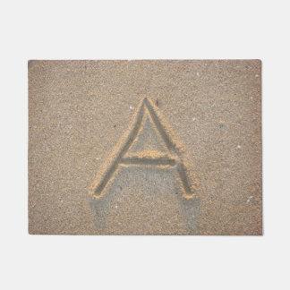 Felpudo Monograma A de la arena de la playa