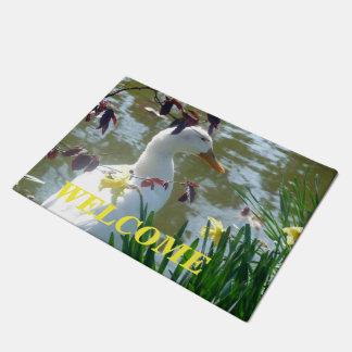 Felpudo Pato blanco en el Doormat agradable de los