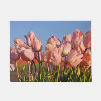Felpudo Tulipanes rosados de la primavera