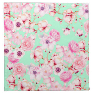 Femenino se ruborizan florales rosados en verde servilleta de tela