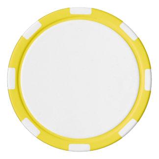 Fichas de póker con el borde rayado amarillo
