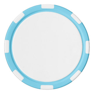 Fichas de póker con el borde rayado de los azules