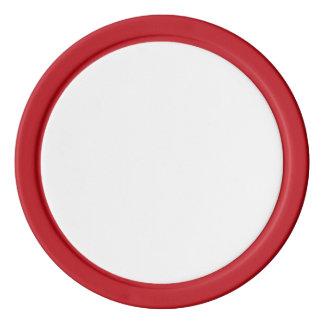 Fichas de póker con el borde sólido rojo