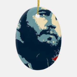Fidel Castro - presidente cubano de la revolución Adorno Navideño Ovalado De Cerámica