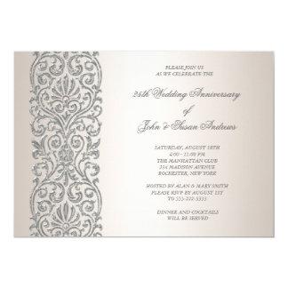 Fiesta de aniversario de la frontera de plata de invitación 12,7 x 17,8 cm