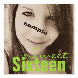 Fiesta de cumpleaños adolescente del dulce diecisé comunicado personal