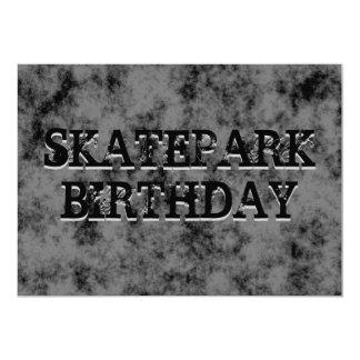 Fiesta de cumpleaños adolescente negra del invitación 12,7 x 17,8 cm