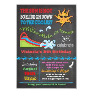 Fiesta de cumpleaños de la piscina del tobogán invitación 12,7 x 17,8 cm