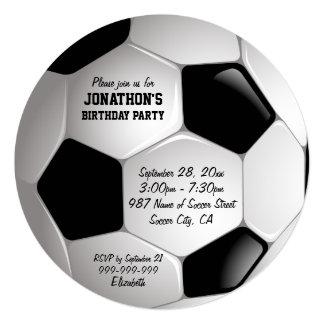 Fiesta de cumpleaños del balón de fútbol del invitación 13,3 cm x 13,3cm