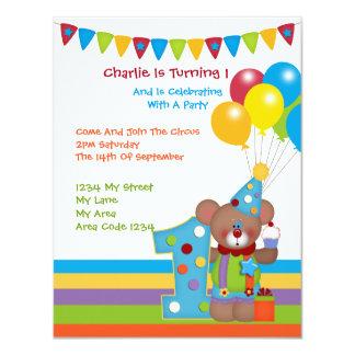 Fiesta de cumpleaños del payaso del oso de peluche invitación 10,8 x 13,9 cm