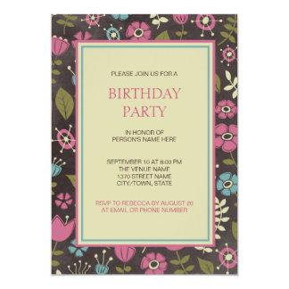 Fiesta de cumpleaños floral rosada y azul moderna invitación 12,7 x 17,8 cm