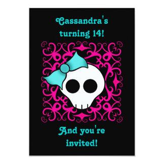 Fiesta de cumpleaños gótica linda del cráneo para invitación 12,7 x 17,8 cm