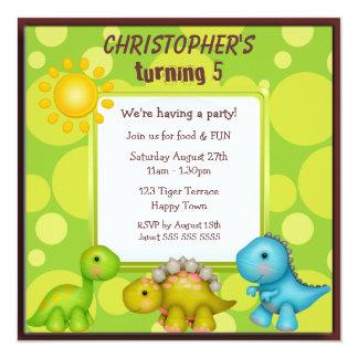 Fiesta de cumpleaños linda de los dinosaurios invitación 13,3 cm x 13,3cm