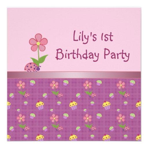 Fiesta de cumpleaños rosada de la mariquita y de l invitacion personal