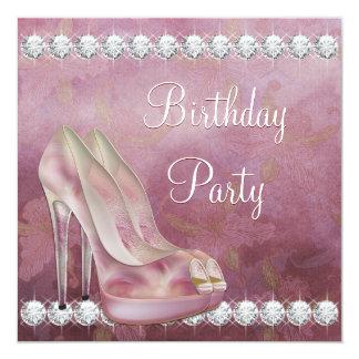 Fiesta de cumpleaños rosada elegante del zapato invitación 13,3 cm x 13,3cm