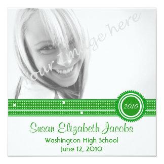 Fiesta de graduación - el verde y el blanco invitación 13,3 cm x 13,3cm