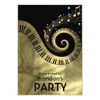 Fiesta de oro de las llaves del piano y de las invitación 12,7 x 17,8 cm
