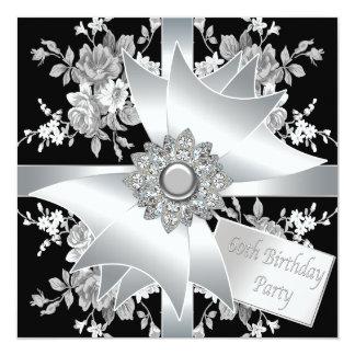 Fiesta del cumpleaños de la mujer del rosa blanco invitación 13,3 cm x 13,3cm