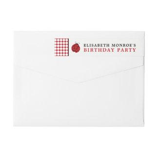 Fiesta del cumpleaños de los niños rojos de la etiquetas envolventes de remitente