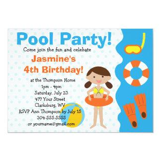 Fiesta en la piscina del cumpleaños del chica de invitaciones personalizada