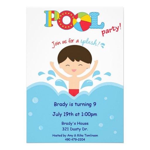 Fiesta en la piscina - muchacho comunicado personal