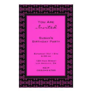 Fiesta negro rosado del modelo folleto 14 x 21,6 cm