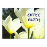 ¡Fiestas en la oficina! tulipanes amarillos Invitación 12,7 X 17,8 Cm