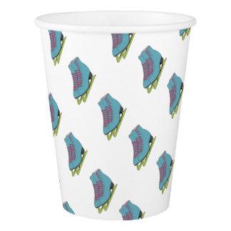 Figura coloreada fuentes de la fiesta de vaso de papel