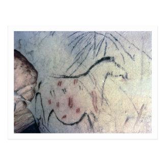 Figura de una yegua embarazada con la línea postal