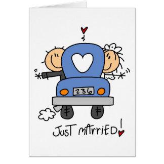 Figura del palillo apenas casada tarjeta de felicitación